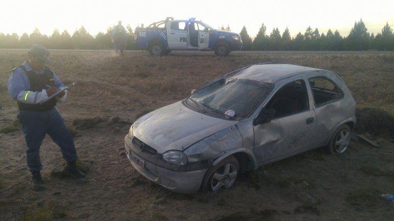 Dos turistas resultaron heridos al volcar en la Ruta 40