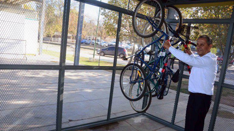 Desde este fin de semana, se podrán usar bicis gratis en el Paseo de la Costa