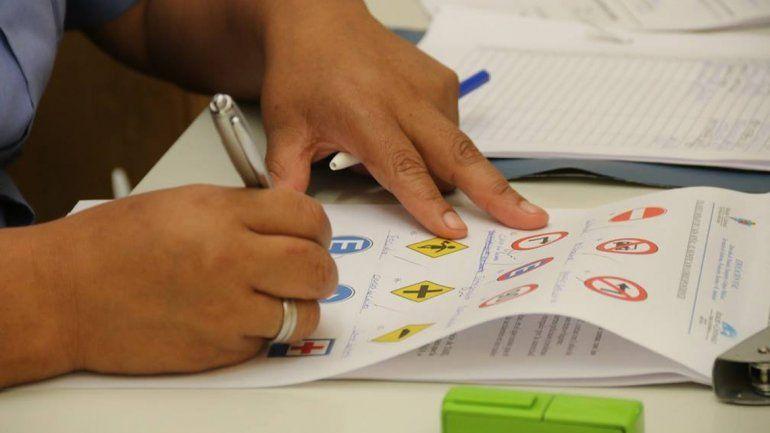 Las licencias de conducir otorgadas se triplicaron en un año en Centenario
