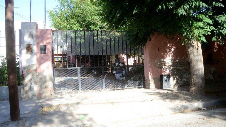 La casa de Lago Espejo al 800. Ahí vive Oscar Echandía con sus hijos.