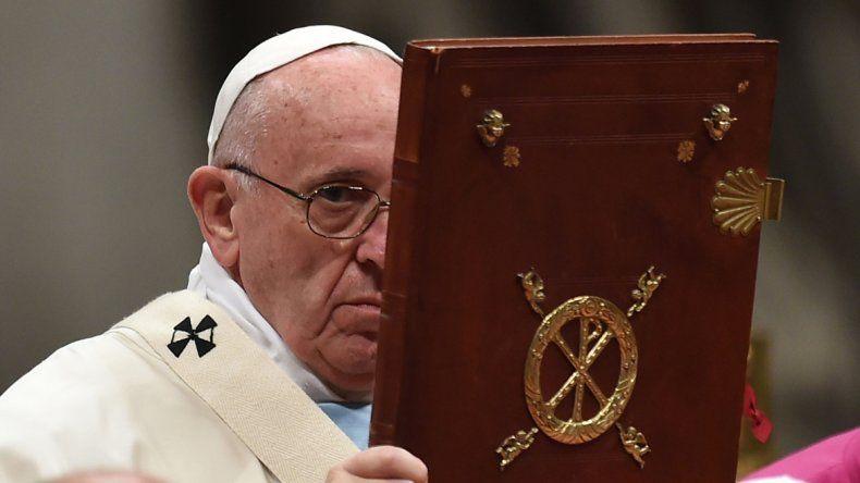 El papa Francisco ofició su primera misa bajo estrictas medidas de seguridad.