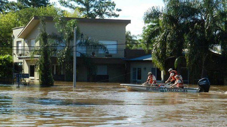 Aún quedan 10 mil evacuados por las inundaciones en el Litoral