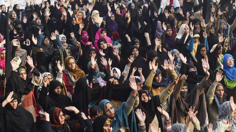La indumentaria de las iraníes les cubre todo el cuerpo; sin embargo