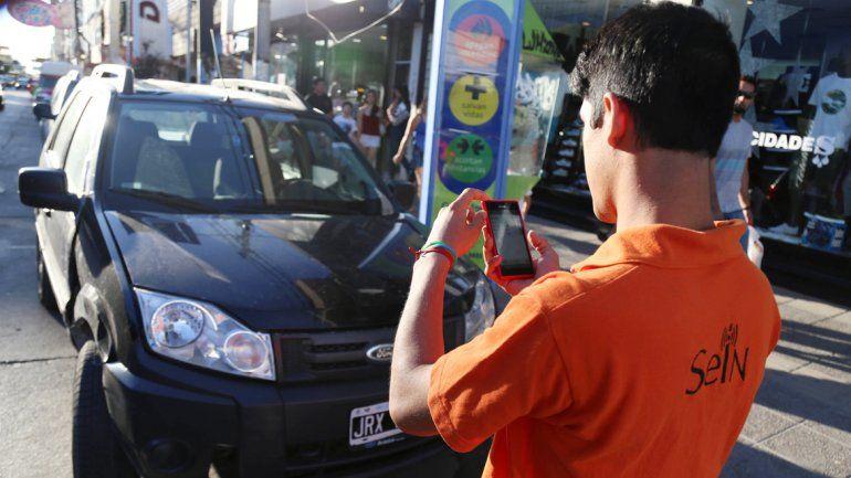 Para estacionar hay que pagar casi el doble. Lo que hasta el último día del año pasado salía 5