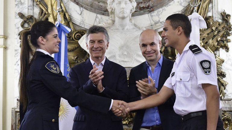 Se firmó el traspaso de la Policía Federal a Buenos Aires