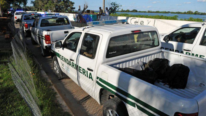 Por tierra y agua, continúa la búsqueda de los dos prófugos: creen que están heridos