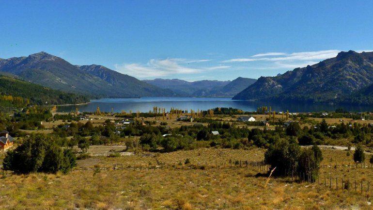 La pequeña comunidad lacustre tiene 100 habitantes.