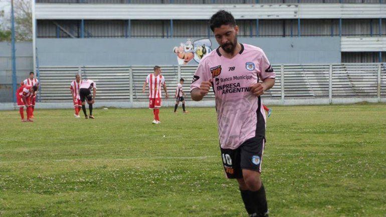 Fondacaro llega desde Tiro Federal de Rosario.