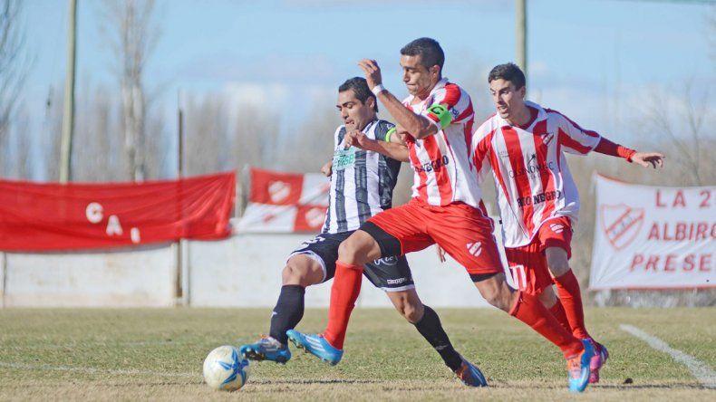 Independiente y Cipolletti brindaron partidos emocionantes en el 2015 y volverán a cruzarse.
