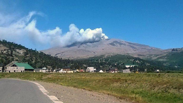 Vista del volcán Copahue al 14 de enero de 2016.