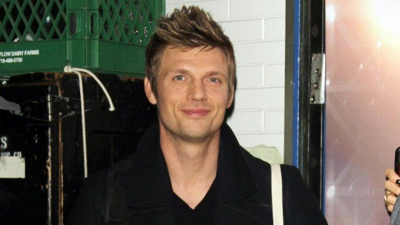 Nick Carter, de los Backstreet Boys, a las piñas en un bar