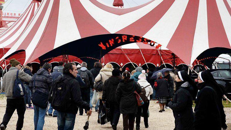 Después de la función de circo hubo atención sanitaria para todos.