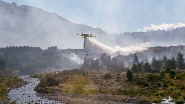 El gobernador Das Neves confirmó que el incendio fue intencional.