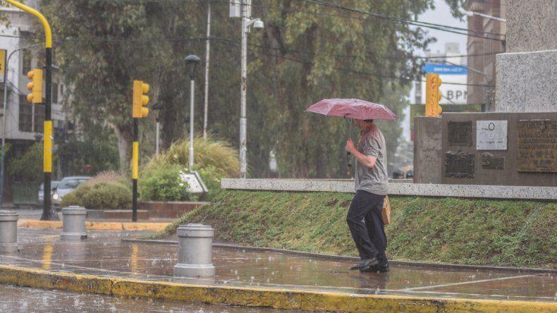 Las lluvias y chaparrones seguirán todo el fin de semana