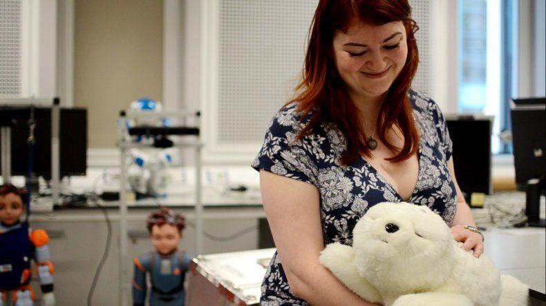 Distintas compañías están desarrollando desde robots hasta exoesqueletos que pueden mejorar la movilidad de una persona.