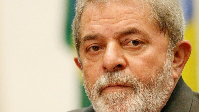 Lula negó haber adquirido la propiedad por la que se lo investiga.