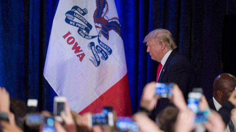 Difíciles debuts electorales para Trump y Hillary
