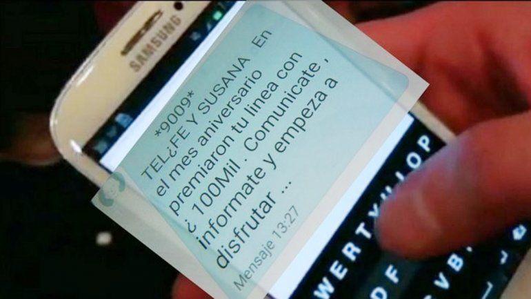 El SMS que recibió la víctima en su celular. Aconsejan tener cuidado con este tipo de avivadas.