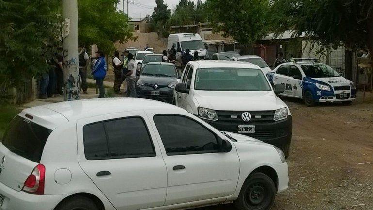 Cuatro detenidos en múltiples allanamientos por un robo con armas