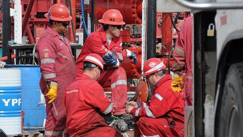 Corren tiempos de fuertes ajustes en la industria petrolera.