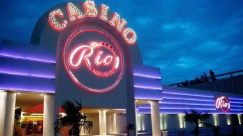 Decenas de clientes del casino fueron testigos del episodio.