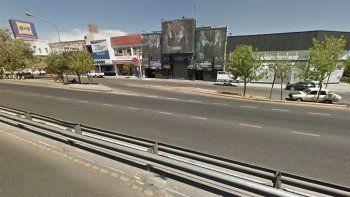 La menor denunció que un hombre la manoseó dentro del boliche El Mega, ubicado en calle Perticone casi Corrientes.