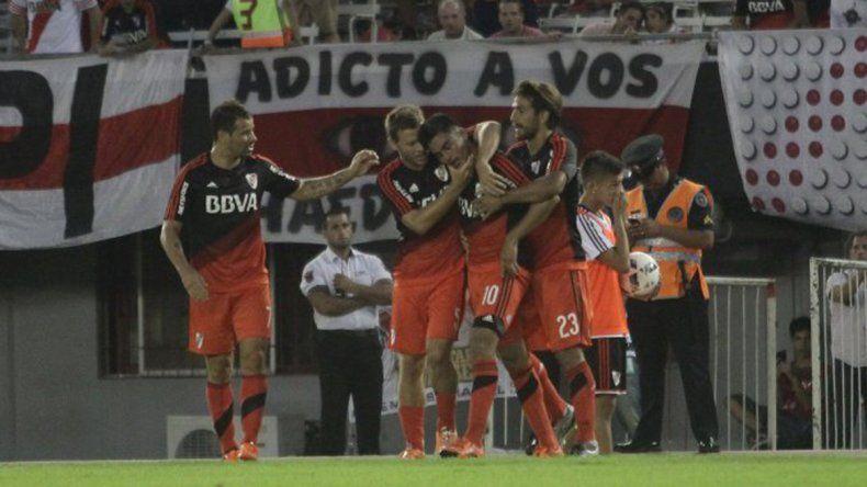 River goleó a Quilmes por 5 a 1 en el Monumental