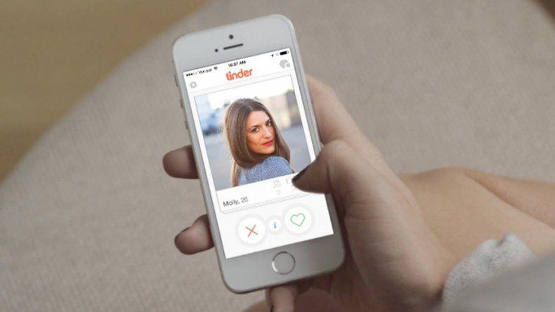 Golpe al levante: usan Tinder para campañas políticas