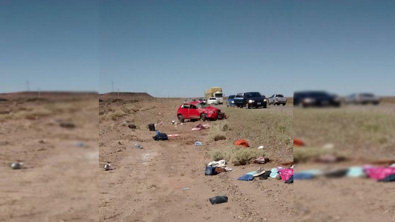 Una familia volcó en la Ruta 237 cuando regresaba a su casa