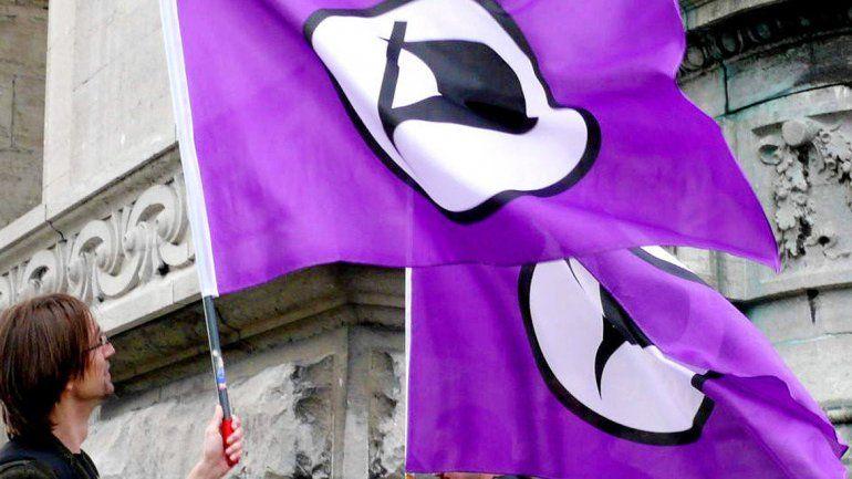 Un militante del Partido Pirata en un acto en Reikiavik.
