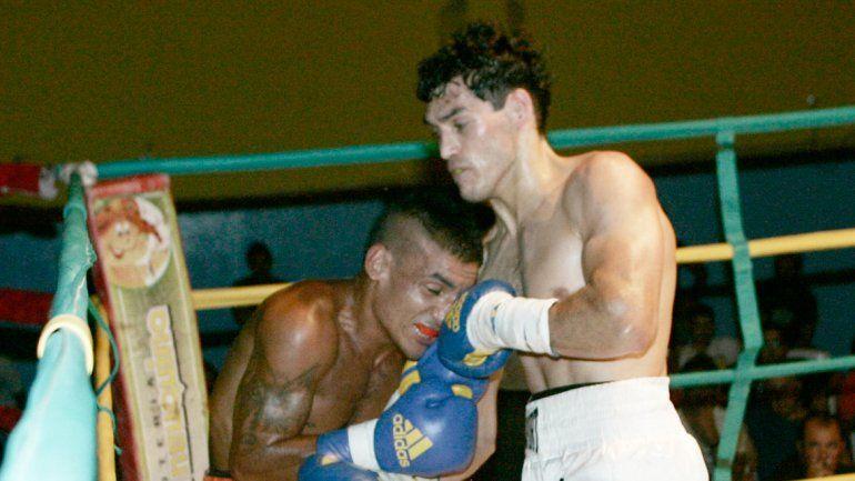 Mauro Godoy venció bien al bonaerense Jonathan Eniz aunque