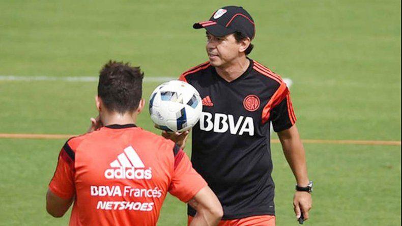 El plantel arribó a Buenos Aires y se entrenó por la tarde en el estadio.