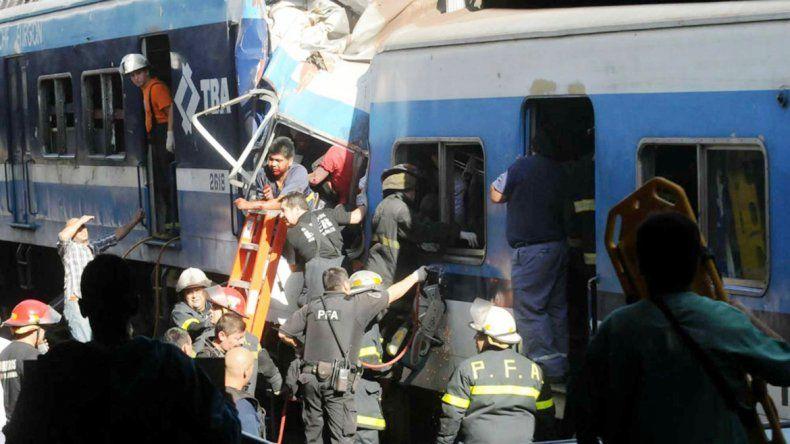 El choque del tren Sarmiento causó 52 muertes y 789 heridos.