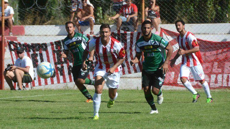 El Rojo neuquino le ganó a Villa Mitre en La Chacra