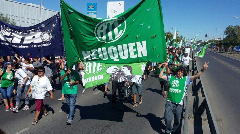 El pasado 24 de febrero miles de trabajadores estatales se movilizaron en todo el país por los mismos reclamos