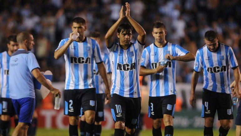 Racing goleó 4 a 1 a un débil Bolívar en su debut copero
