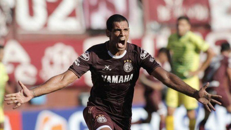Pepe Sand volvió en buena forma al Granate y ya marcó cuatro goles.