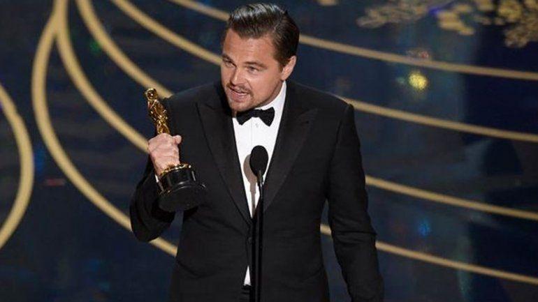 Spotlight fue elegida la mejor película y Leo Di Caprio consiguió finalmente su primer Oscar