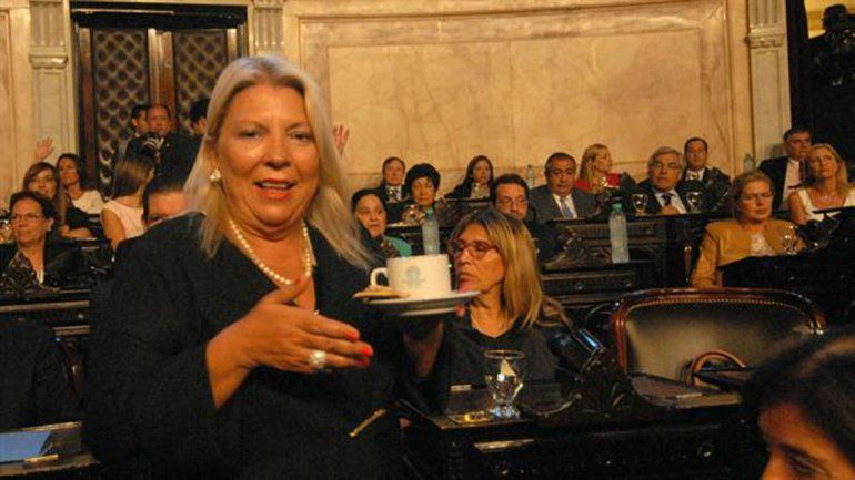 Carrió criticó los ajustes de Macri: No pude pararlo