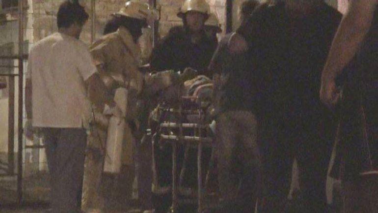 Un bombero héroe resucitó a un hombre que se moría mientras se le incendiaba la casa