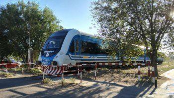 Esta vez el tren se quedó a la altura de calle de Tierra del Fuego.