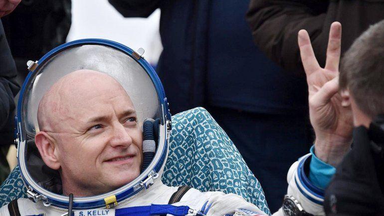 Durante su estadía el astronauta estadounidense realizó más de 400 experimentos.