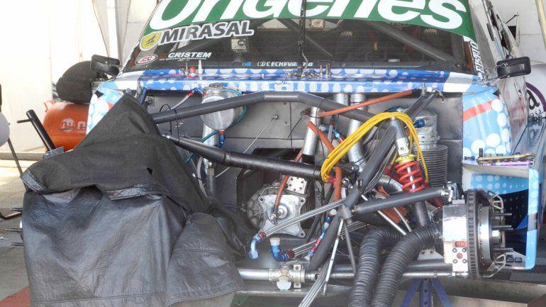 3 motores se rompieron en el auto de Camilo Echevarría en sólo dos fechas de la temporada.