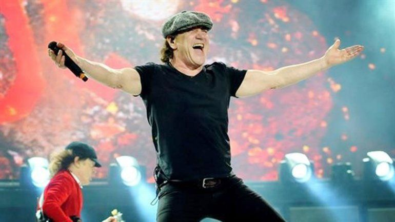 Brian Johnson reemplazó al cantante original del grupo desde 1980.