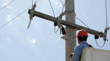 el municipio impulsa un aumento de la luz del 40%