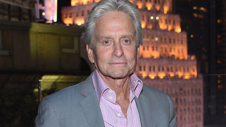 El actor de 71 años habría sufrido una recaída de un cáncer de garganta.