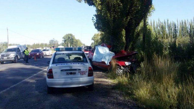 Policial falleció al chocar contra un árbol que estaba al costado de la Ruta Nacional 22.