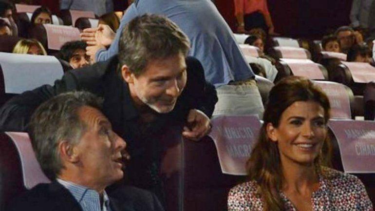 El presidente Mauricio Macri asistió a la avant premiere de la cinta con su mujer