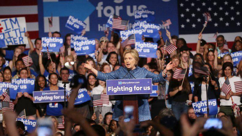 Donald Trump (republicano) y Hillary Clinton (demócrata) casi tienen el boleto en la mano para disputarse la presidencia de Estados Unidos.
