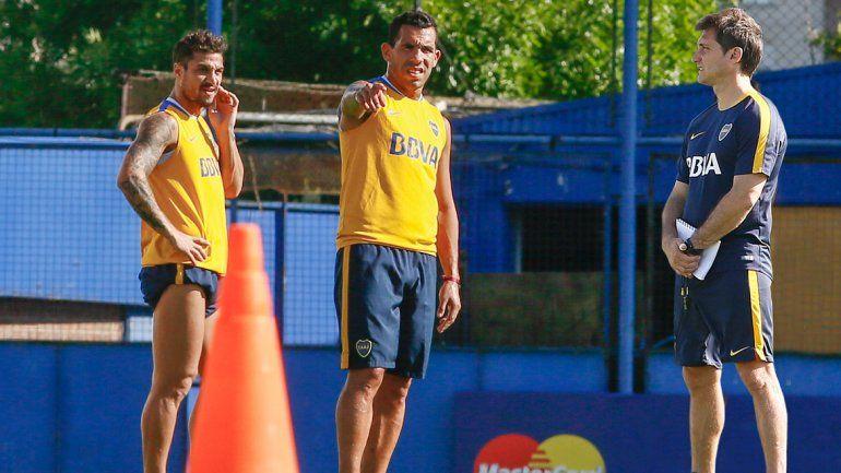 El Mellizo piensa en la dupla Tevez-Osvaldo para el trascendental partido de mañana en la Fortaleza granate.